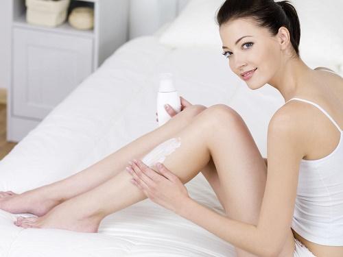 Đa dạng loại kem có khả năng triệt lông trên thị trường nhưng không kiểm soát được an toàn