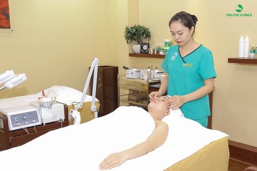 Bên cạnh đó, những liệu pháp chăm sóc da toàn thân tại Thu Cúc Clinic Bắc Giang giúp cho các chị em có cơ hội làm đẹp và thư giãn lý tưởng để giải tỏacăng thẳng, tăng cường sức khỏe thể chất và tinh thần.