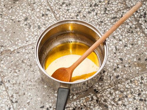 Tự làm hỗn hợp waxing tại nhà.