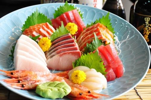 Thường xuyên ăn cá giúp cho da khỏe mạnh và tái tạo da hiệu quả.