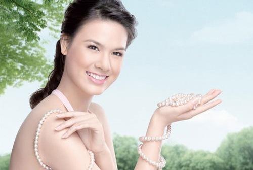 Tắm trắng bằng cám gạo ngọc trai đem đến làn da sáng khỏe cho chị em