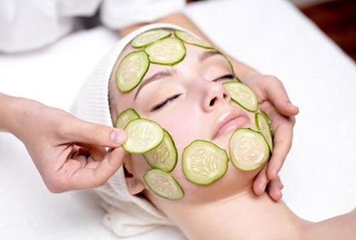 Đắp mặt nạ giúp làn da cũng cấp dưỡng chất đầy đủ