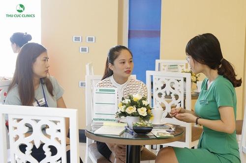 Dịch vụ riệt lông mép tại Thu Cúc Clinics nhận được quan tâm đông đảo của phái đẹp