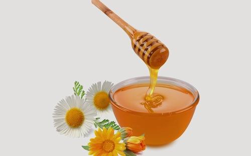 Mật ong chứa nhiều dưỡng chất có khả năng trị viêm nang lông