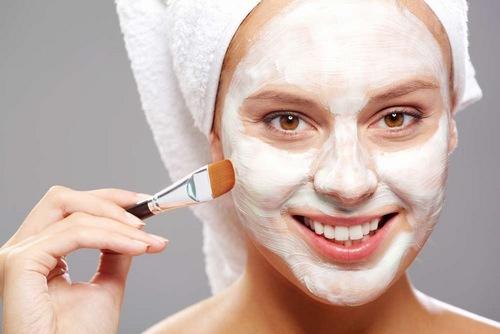 Thoa sữa tươi lên mặt mỗi ngày có tác dụng cải thiện màu da như mong muốn