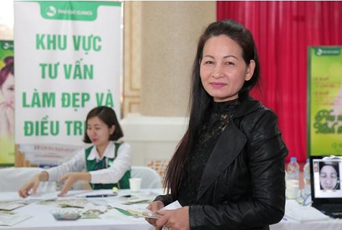 """Còn đối với cô Kim Lương (48 tuổi) thì đây cũng là dịp tuyệt vời để """"thấu hiểu"""" và tìm ra cách chăm sóc toàn diện, cho làn da thực sự khỏe – đẹp từ bên trong"""