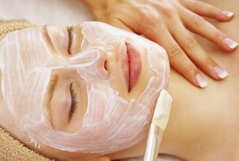 Đừng quên đắp mặt nạ để nuôi dưỡng làn da tốt nhất