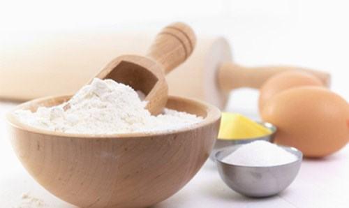 Triệt lông bằng bột mì là giải pháp tiết kiệm, an toàn mà bạn nên tham khảo.