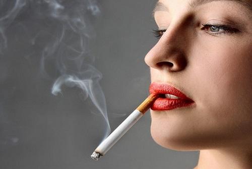 Thuốc lá - một trong những tác nhân đẩy nhanh quá trình lão hóa tự nhiên của da