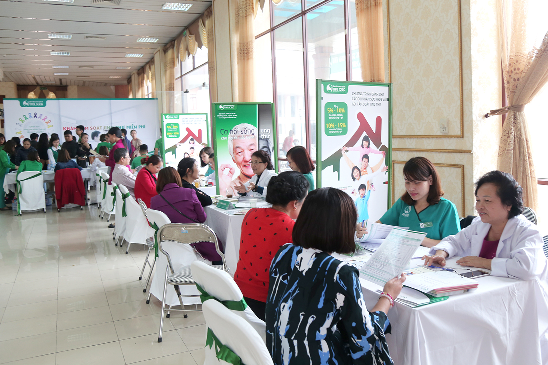"""Ngay sau thành công của chương trình """"Nâng cao nhận thức về tầm soát Ung thư"""" tại Bắc Ninh, Thu Cúc Clinic tiếp tục hành trình tri ân khách hàng với điểm đến tiếp theo là Thanh Hóa."""