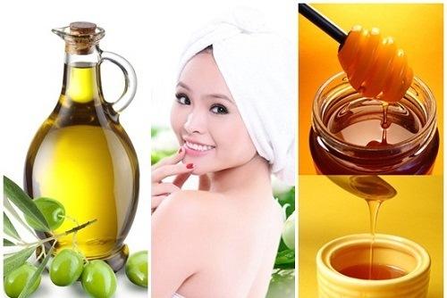 Bạn trộn đều dầu oliu với mật ong thành hỗn hợp sền sệt. Sau đó, rửa mặt sạch rồi bôi lên da và để khoảng 15-20 phút, sau đó rửa mặt thật sạch bằng nước lạnh. Đắpmặt nạ trắng datự nhiên đơn giản này 3 lần/tuần.