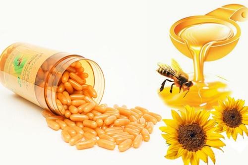 Sữa ong chúa + mật ong là công thức làm đẹp cho hiệu quả tuyệt vời