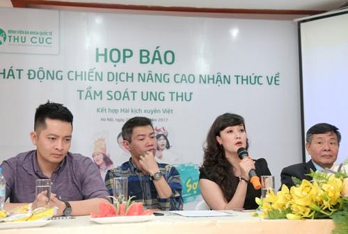 Nghệ sĩ Vân Dung chia sẻ những suy nghĩ của mình trong buổi họp báo