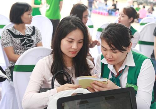 """Đặc biệt, khi đăng ký các dịch vụ làm đẹp tại Thu Cúc Clinic Quảng Ninh trong ngày diễn ra sự kiện """"Không ai phải sợ"""", các tín đồ làm đẹp sẽ được tặng đến 45% chi phí cùng hàng trăm quà tặng hấp dẫn khác về nhan sắc, sức khỏe."""