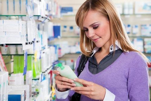 Lựa chọn sản phẩm tắm trắng dịu nhẹ là cách bảo vệ da sau khi tắm trắng