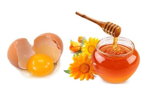 Làm trắng da với mặt nạ trứng gà mật ong