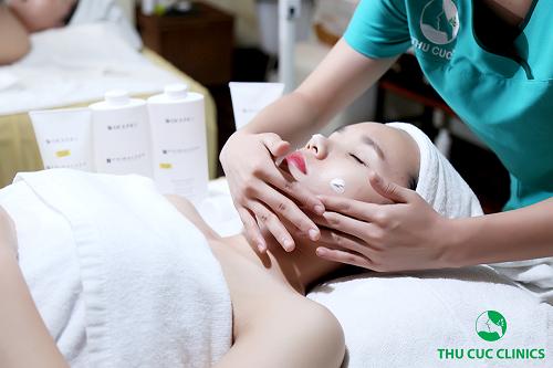 Xây dựng liệu trình chăm sóc chuyên biệt với nguyên liệu tự nhiên cùng sản phẩm làm đẹp cao cấp, Thu Cúc Clinic Ninh Bình sẽ giúp cho chị em lấy lại làn da sáng mịn, khỏe – đẹp từ sâu bên trong cùng cơ thể tràn đầy năng lượng