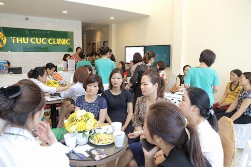Là địa chỉ làm đẹp mới tại Ninh Bình nhưng rất nhiều khách hàng tại đây đã biết tới danh tiếng của thương hiệu Thu Cúc Clinics. Ngay từ những ngày đầu tiên mở cửa, nơi đây đã thu hút hàng trăm lượt khách đến thăm khám và điều trị các vấn đề thẩm mỹda.