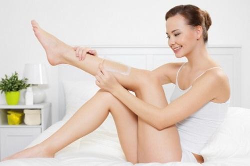 Tự loại bỏ lông tại nhà gây đau rát mà hiệu quả lại không lâu dài