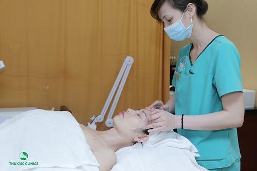 Nuông chiều làn da nhạy cảm với liệu pháp chăm sóc da đặc biệt.