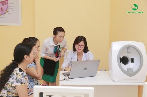 Sau khi soi da, chuyên viên Thu Cúc Clinics sẽ phân tích xác định hiện trạng và xây dựng liệu trình điều trị cho khách hàng