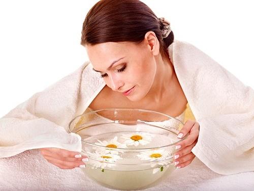 Vừa làm sạch sâu lại tạo cảm giác dễ chịu, đó chính là công dụng của việc xông hơi sử dụng các loại sản phẩm thiên nhiên. Sức nóng của việc xông hơi cũng giúp đẩy nhanh quá trình lưu thông, loại bỏ độc tố ra ngoài da.