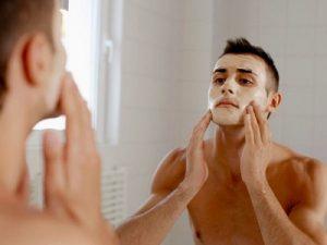 Cách trị mụn đầu đen cho nam giới bạn cần biết