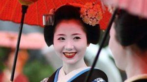 Các cách tắm trắng hiệu quả theo phương pháp của phụ nữ Nhật