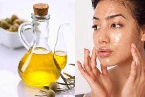 Dầu ô liu có chứa nhiều vitamin E, vitamin B và các khoáng chất tự nhiên giúp trị tàn nhang hiệu quả.