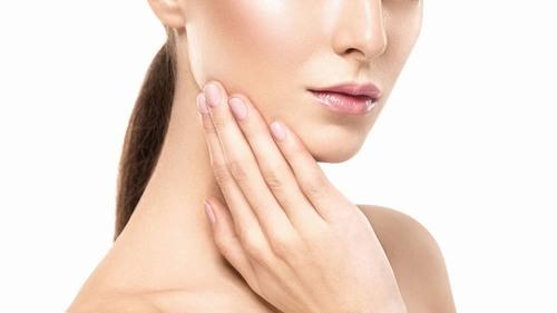 Collagen đóng vai trò tạo nên độ đàn hồi của da, giúp da săn chắc và duy trì vẻ đẹp của làn da chứ không có tác dụng trị tàn nhang