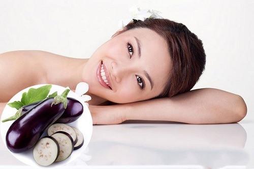 Cà tím chứa các chất oxy hóa giúp làm mờ tàn nhang an toàn.