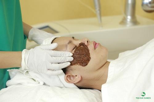 Chăm sóc làn da bổ sung các dưỡng chất giúp quá trình điều trị nám hiệu quả.