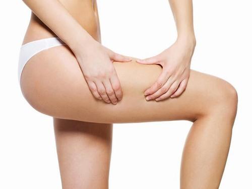 Hiện tượng rạn da tuổi dậy thì thường xảy ra ở các vùng da mỏng, yếu như bụng, ngực, bẹn, hông, bắp chân.