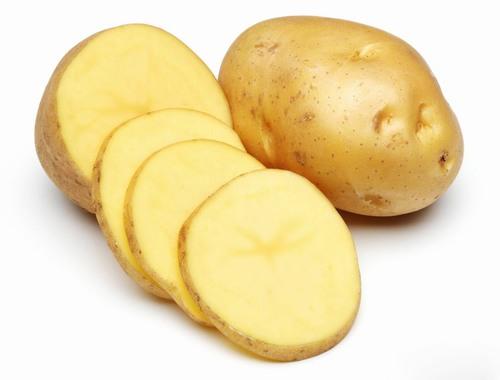 Thành phần khoai tây chứa nhiều vitamin C có khả năng khôi phục vùng da bị tổn thương như rạn da.