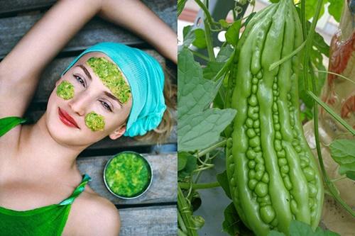 Mướp đắng thì lượng vitamin C và E dồi dào có tác dụng làm trắng da và ngăn ngừa sự hội tụ của hắc tố melanin dưới da.