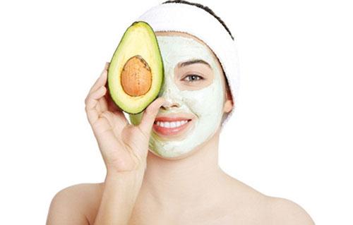 Sữa chua có chứa lượng axit lactic cùng nhiều vitamin và dưỡng chất vừa có công dụng làm sạch da, tẩy sạch tàn nhang.