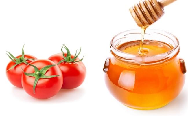 Sự kết hợp giữa cà chua và bí đỏ sẽ là công thức làm trắng sáng da tại nhà hiệu quả