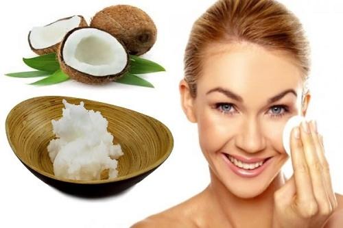Dầu dừa có chứa thành phầnacid béo và các vitamin giúp kích thích tuyến lông phát triển.