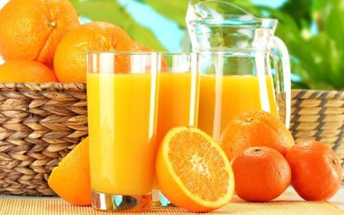Uống nhiều cam, chanh để tăng cường khả năng tái tạo tế bào da
