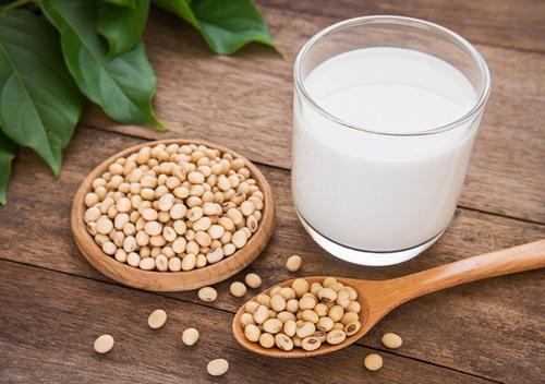 Với hàm lượng cao vitamin E, đỗ tương sẽ ức chế quá trình phát triển và lây lan của tàn nhang.