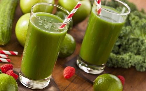 Trong rau ngót có chứa rất nhiều các loại vitamin rất có lợi cho sức khỏe đồng thời giúp tri nám da.