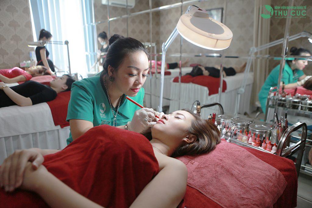 Thu Cúc Clinics - một trong những địa chỉ phun môi pha lê uy tín