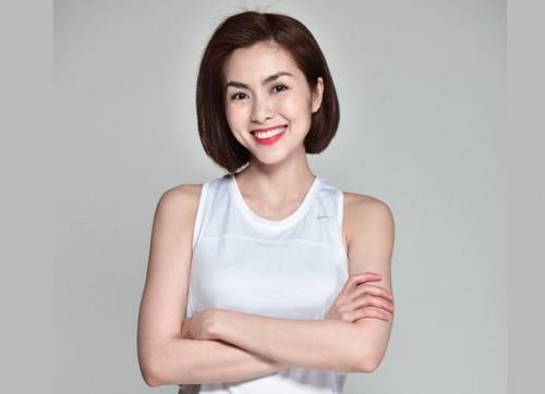 Hà Tăng - ngọc nữ màn ảnh Việt cũng không kém phần sang chảnh với cặp chân mày lưỡi mác cong mềm mại