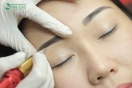 Thu Cúc Clinics không ngừng cập nhật các kỹ thuật điêu khắc lông mày hiện đại, hợp xu hướng giúp chị em có nhiều sự lựa chọn