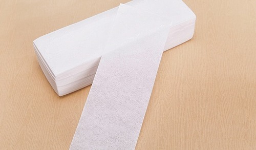 Miếng dán wax lông sẽ giúp bạn loại bỏ violong ngay tại nhà