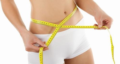 Mỡ bụng không chỉ ảnh hưởng đến sức cuốn hút của vóc dáng mà còn gây ra nhiều nguy hại tới sức khỏe.