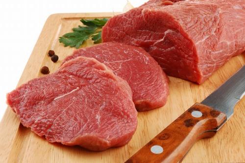 Không ăn rau muống, thịt bò, hải sản vì làm chậm quá trình hồi phục vết thương, dễ để lại sẹo thâm.