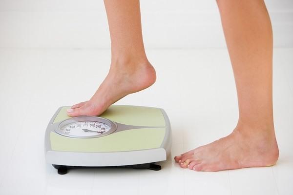 Bạn cần biết cách kiểm soát cân nặng của mình không để tăng nhanh trong thời gian ngắn.
