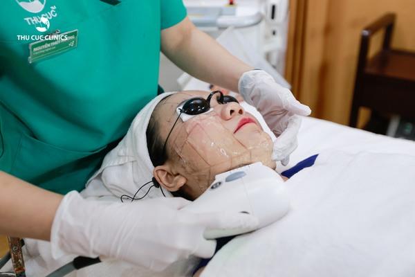 Trẻ hóa da bằng công nghệ Hifu còn đảm bảo được sự an toàn cho làn da, khách hàng trong và sau làm đẹp.