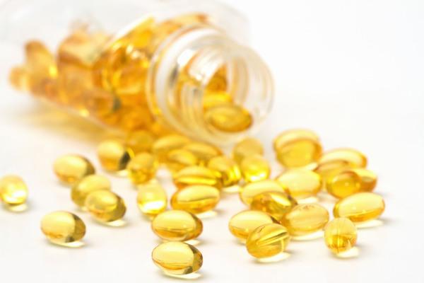 Theo các bác sĩ da liễu, vitamin E là nguyên liệu trị rạn da hiệu quả nhất.